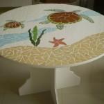 Mesa Redonda de Mosaico e Madeira Tartaruga